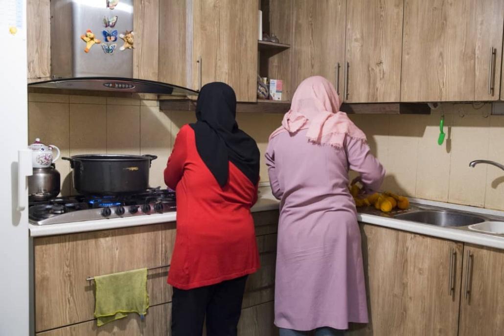 آشپزخانه خانه اقاقیا موسسه نیکوکاری مهرطه