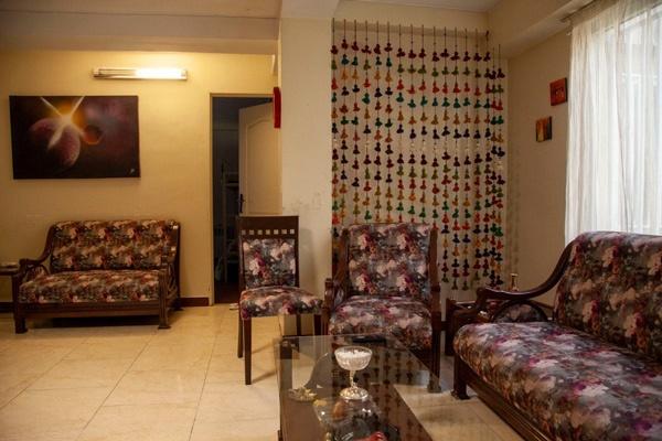 اتاق نشیمن خانه ارغوان موسسه نیکوکاری مهرطه