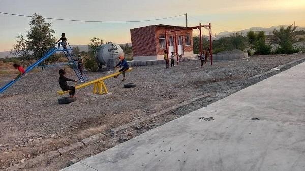 زمین بازی برای کودکان روستا